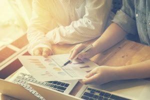 会社設立に強い税理士の見分け方!費用相場・必要書類など教えます