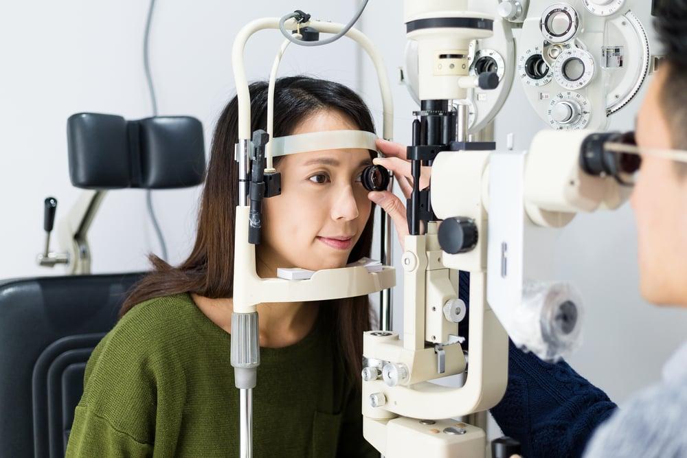 眼科の写真撮影