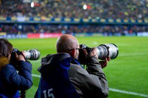 プロ中のプロ、最高の一瞬を逃さないスポーツカメラマンに依頼しよう