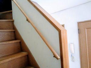 東京都Nさん:自宅の階段の手すり取り付けで生活がスムーズに