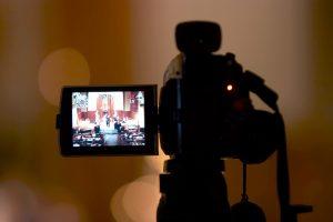 結婚式のビデオ撮影はどうする?
