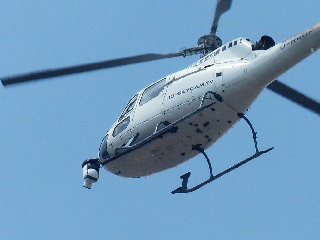 災害時などの活躍するヘリコプター空撮