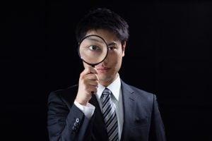 探偵になるには?探偵の年収、独立・開業の方法を大解剖!