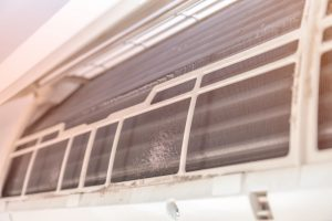 エアコンのフィンを自分で簡単掃除!市販のクリーナーの効果を比較!