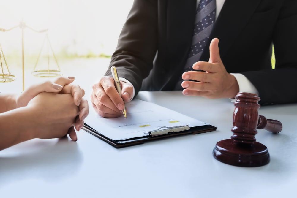 雇用保険加入・脱退の手続きと提出書類は?