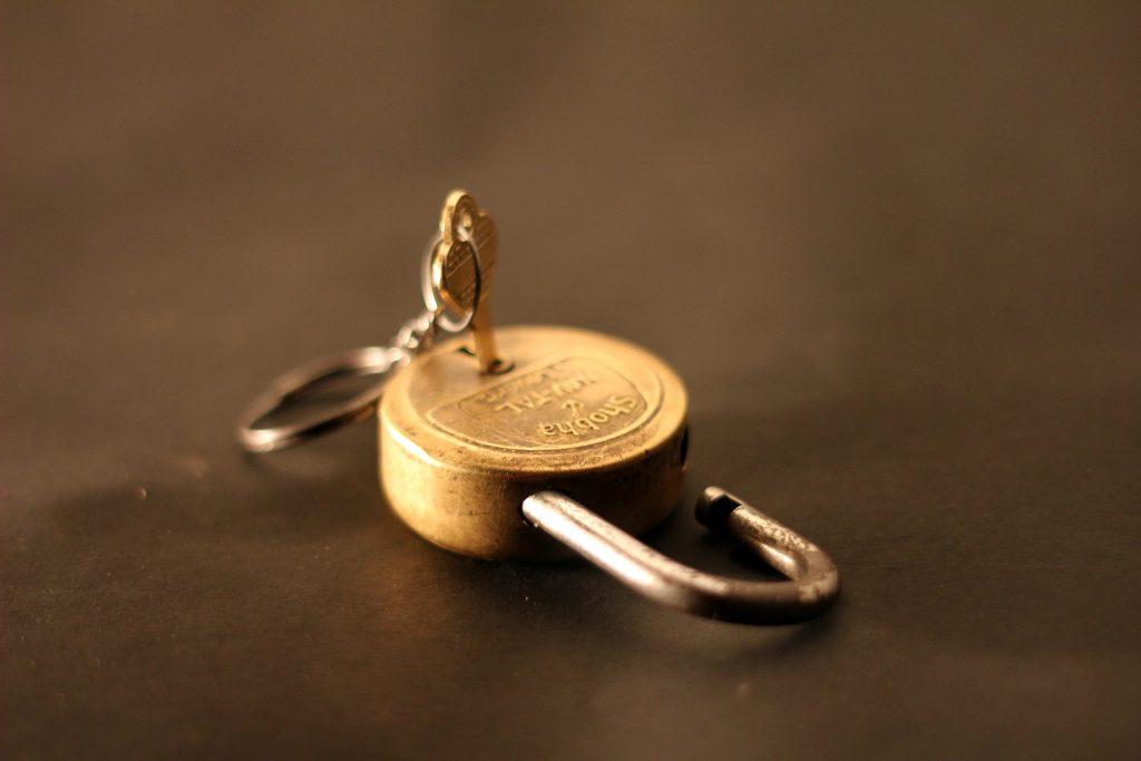 処分する金庫の鍵