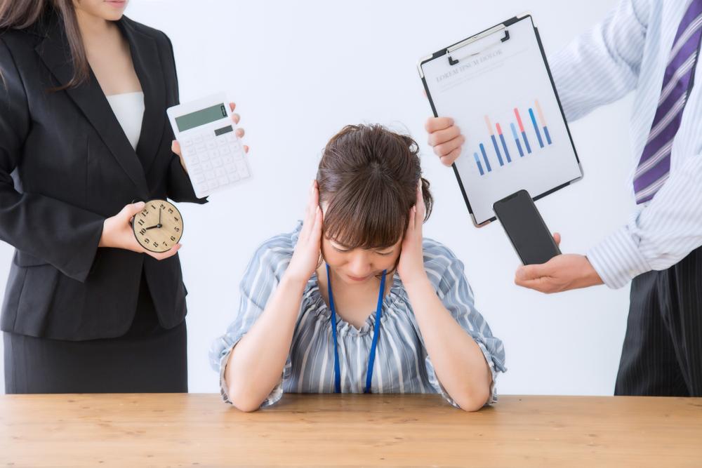 従業員雇用時の手続きに頭を悩ませている個人事業主