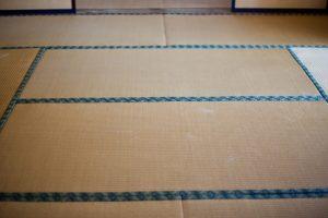 正しい畳の掃除の仕方|掃除機、ほうき、拭き掃除、日常のお手入れ