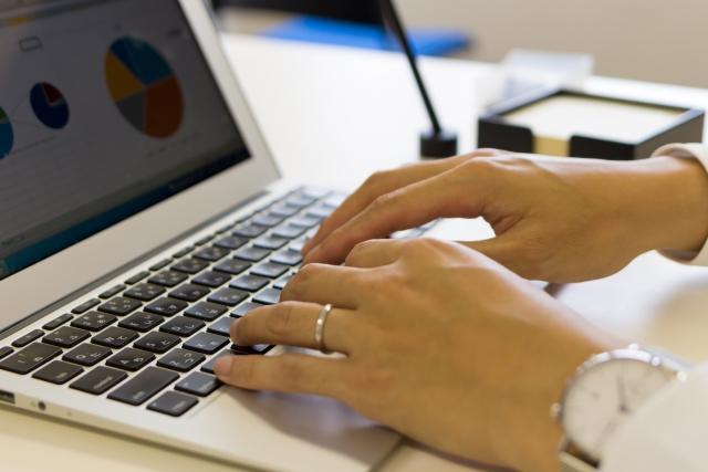 ビジネスの必須書類、請求書と領収書は役割が違う書類です