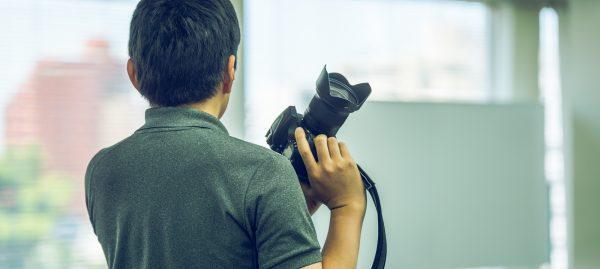 室内スポーツ撮影もプロのカメラマンに依頼