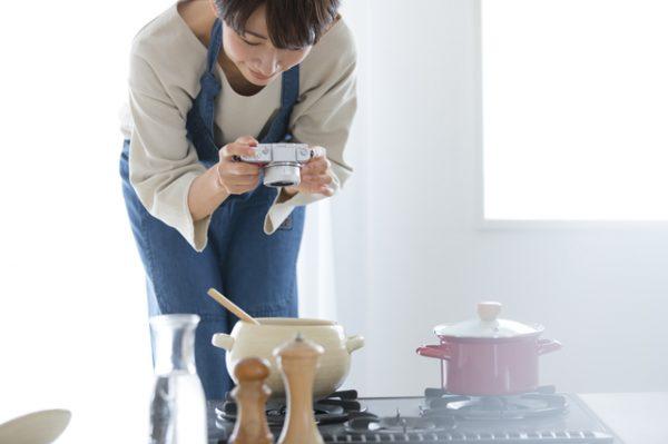 ケーキの料理写真をプロカメラマンに依頼