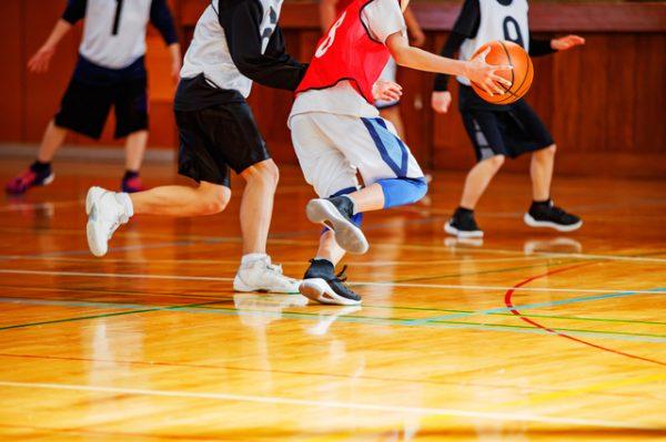 室内・体育館のスポーツ撮影の難しいところは?