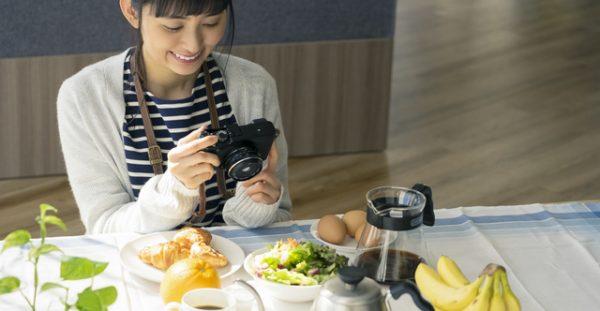 メニューの料理写真をプロカメラマンに依頼