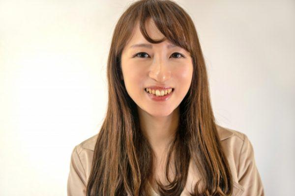 結婚相談所に最適な笑顔のプロフィール写真