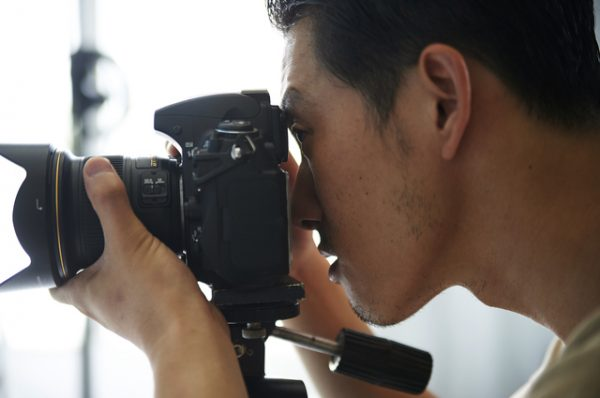 ライブを撮影するためにはどのようなカメラが良いのか?