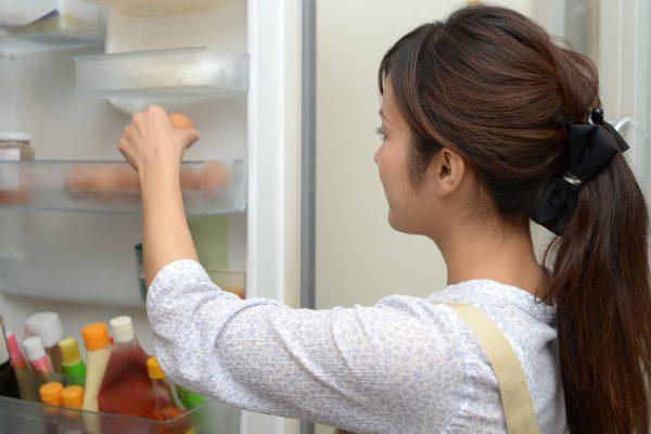 冷蔵庫の霜とはやく取り除く裏技