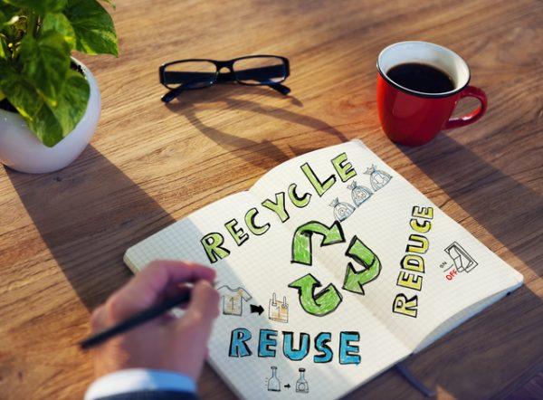 使える眼鏡なら寄付やリサイクルという処分方法もおすすめです