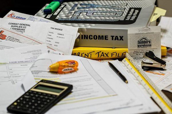 白色申告者の税理士の費用相場