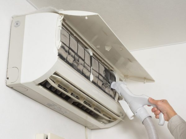 エアコン掃除の画像
