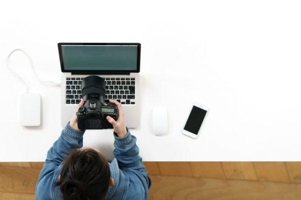 データ即日納品可能なカメラマン