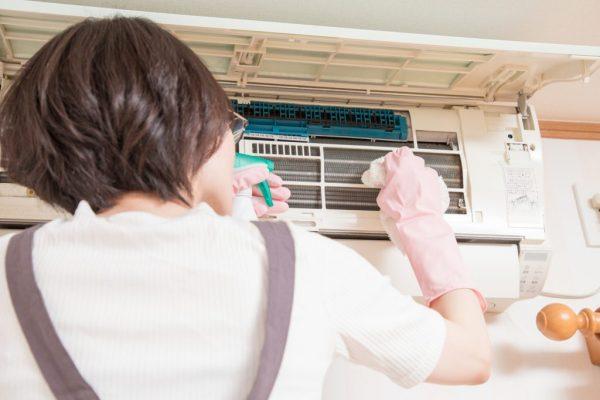 エアコン カビ掃除の画像