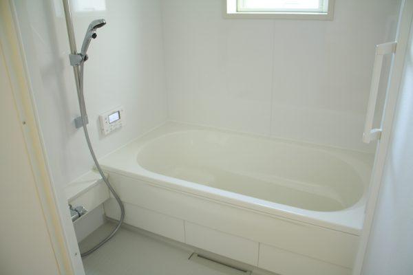 カビの生えていないお風呂場